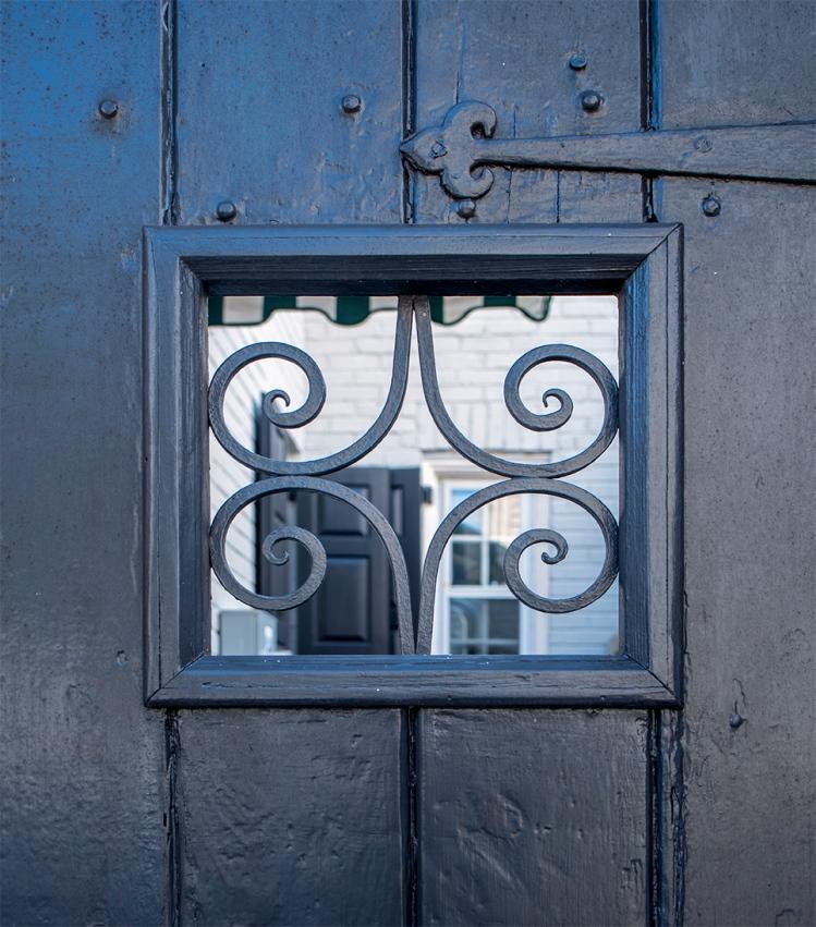 Peek_Door-Charleston